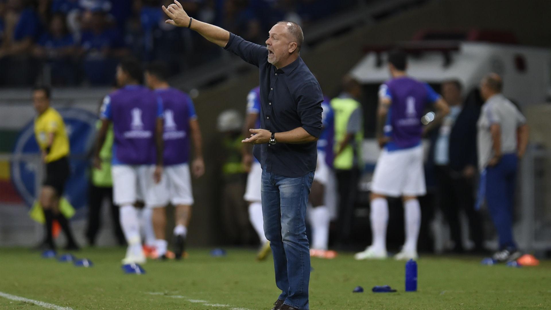 Cruzeiro Mano Menezes