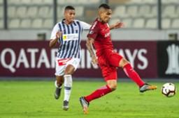 Paolo Guerrero contra o Alianza Lima