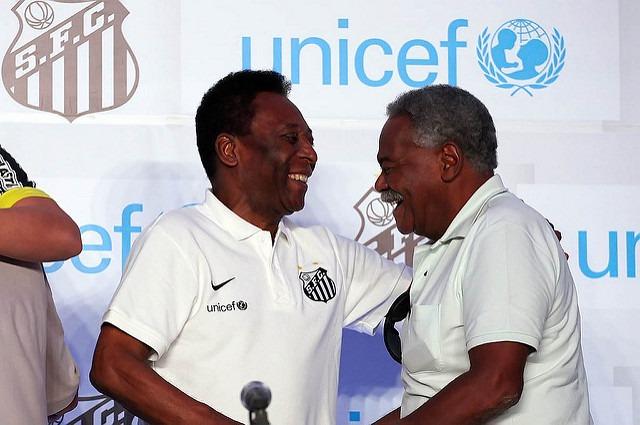 Coutinho com o Rei Pelé
