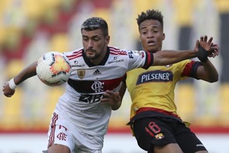 Barcelona x Flamengo - Arrascaeta