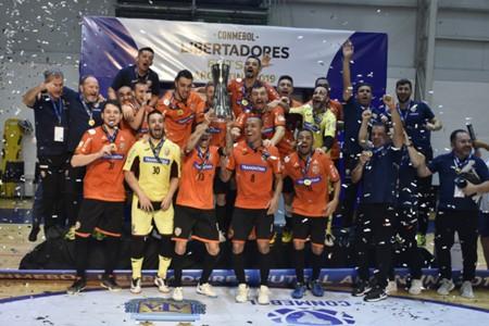 Carlos Barbosa campeão Libertadores Futsal
