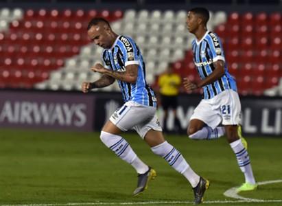 Everton - Libertad 0-2 Grêmio
