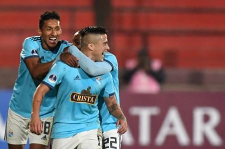 Christina Ortiz comemora gol Sporting Cristal