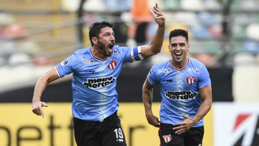 Atlético Grau 1-2 River Plate (URU)