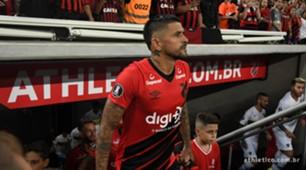 Lucho González pelo Athletico