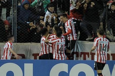 Juan Apaolaza Estudiantes Grêmio 07082018