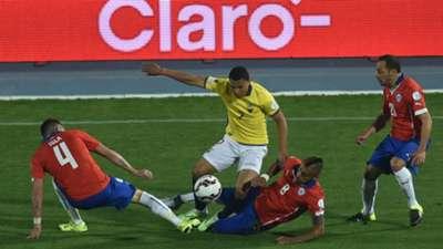 Isla Vidal Diaz Montero Chile Ecuador Santiago Copa America 11062015