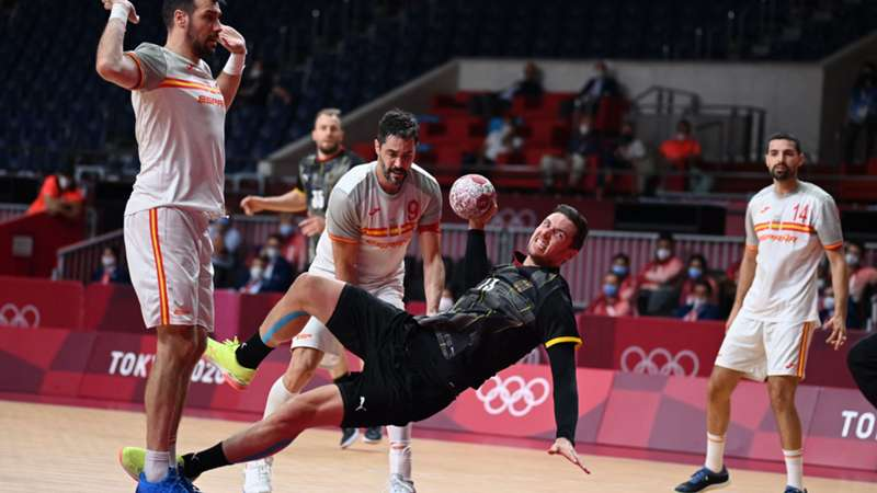 ONLY GER Olympia 2021 Tokio Handball Deutschland vs. Spanien Hendrik Pekeler 24072021