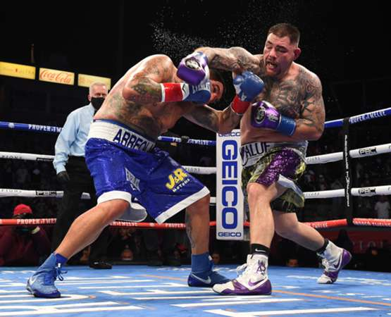 Andy Ruiz vs. Chris Arreola