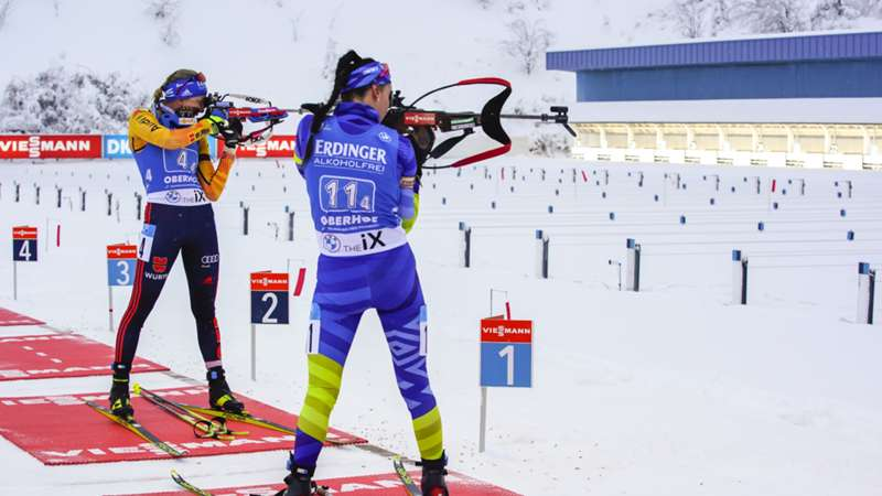 Elena Kruchinkina and Franziska Preuss_Biathlon_16012021_Getty Images_Millo Moravski