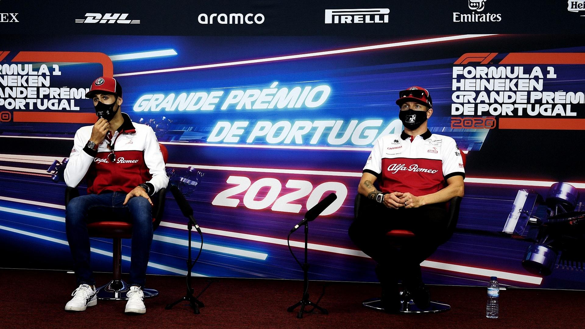 2020-10-30 Raikkonen Giovinazzi Alfaromeo F1 Formula 1