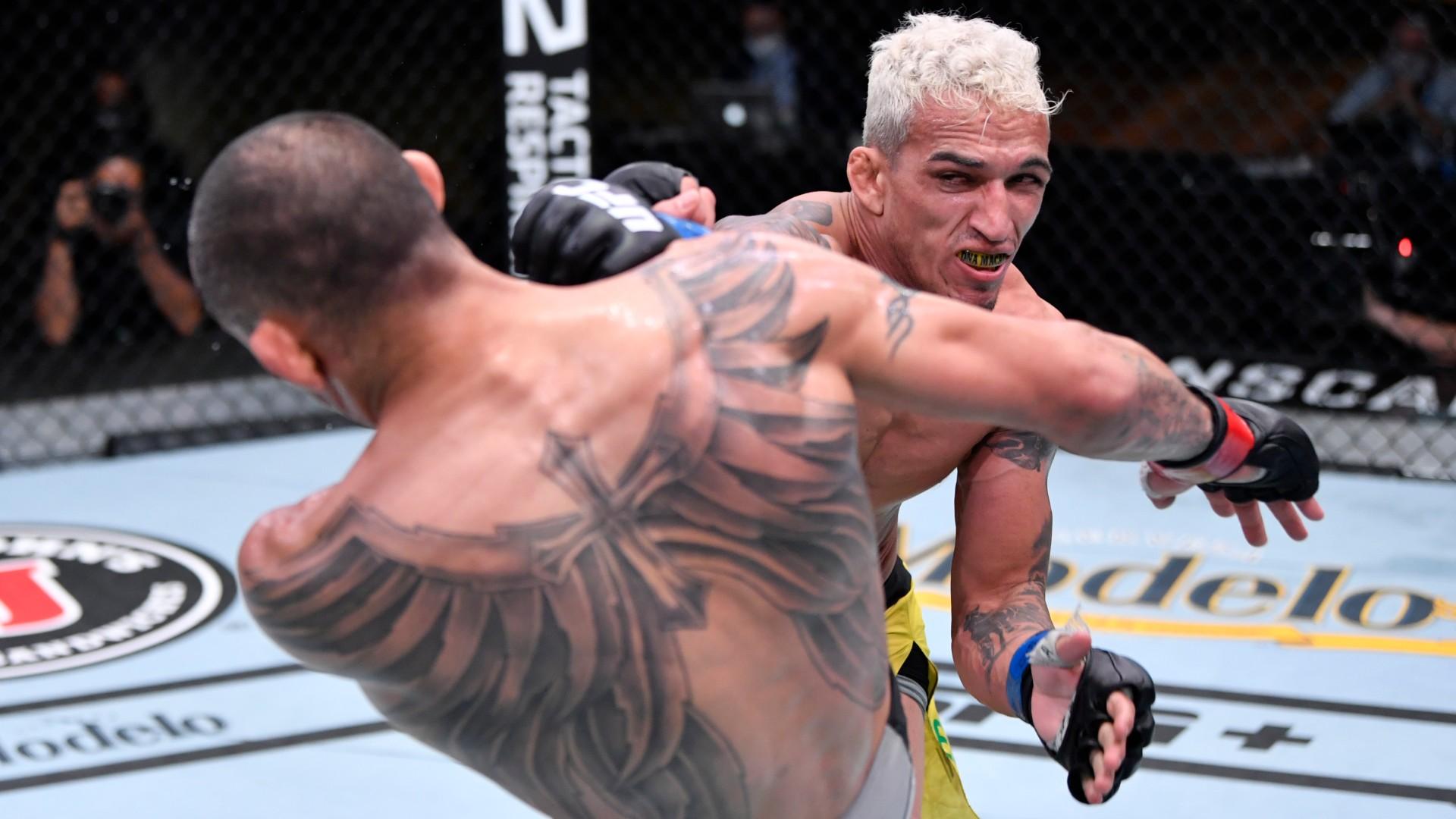 Charles Oliveira Tony Ferguson UFC 256 12122020
