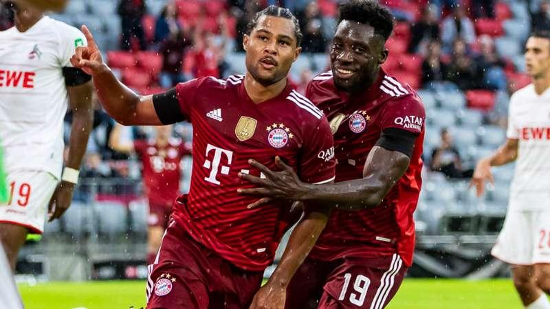 FC Bayern München 12102021 Serge Gnabry Alphonso Davies