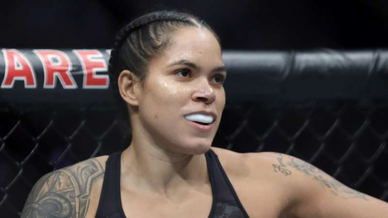 Amanda-Nunes-getty-ftr
