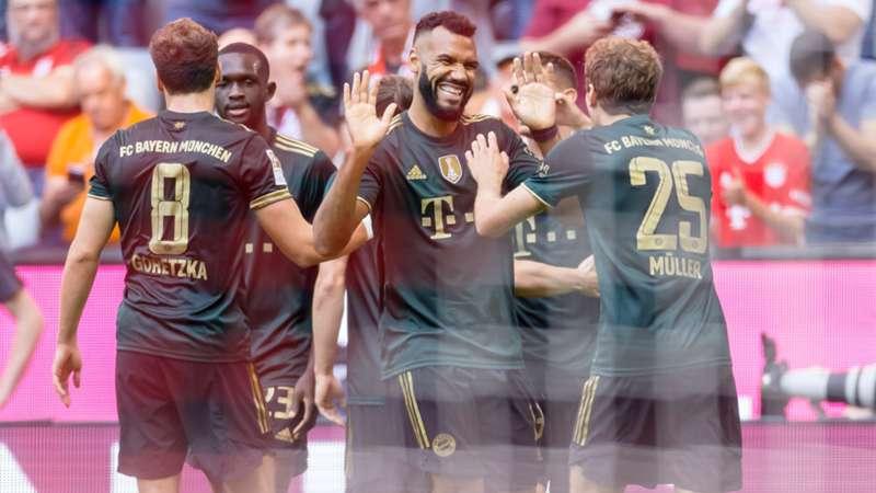 FC Bayern München Coupo-Moting Jubel 2021