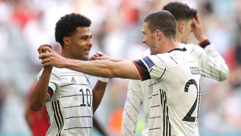 Deutschland Deutsche Nationalmannschaft DFB Team Serge Gnabry Robin Gosens Germany