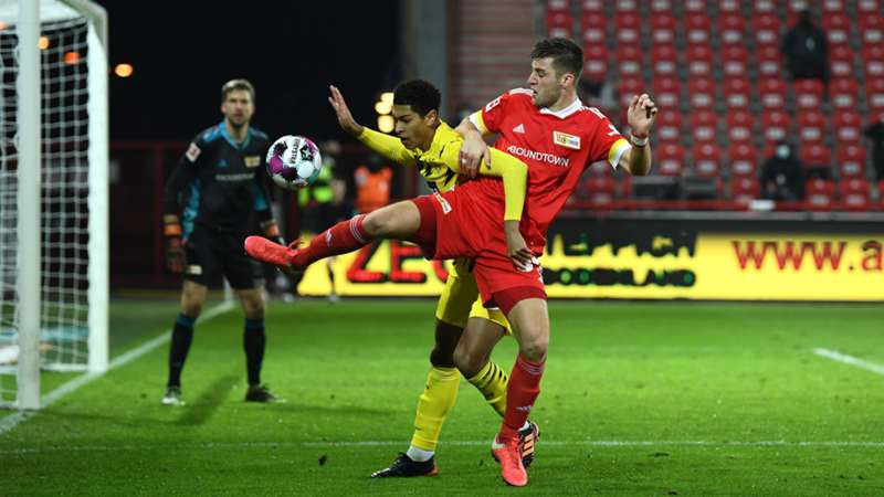 ONLY GER Union Berlin vs. Borussia Dortmund Robin Knoche Jude Bellingham 18122020