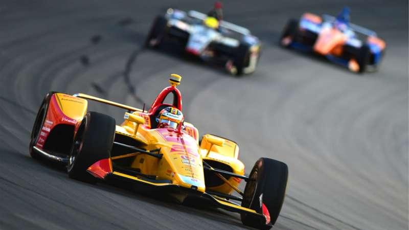 Vetture IndyCar Series 2020 in pista