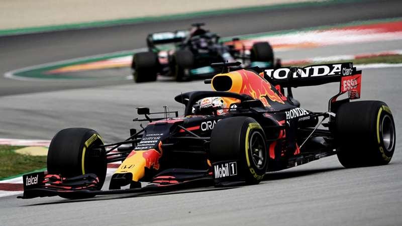 2021-05-22 Spain Verstappen Hamilton F1 Formula 1
