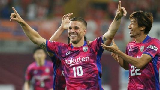 Podolski chia tay Vissel Kobe, sắp trở lại châu Âu chơi bóng | Goal.com