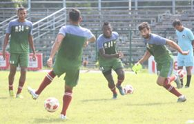Mohun Bagan players at practice