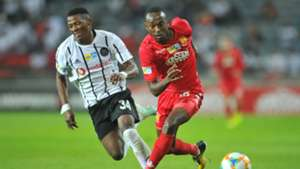 Thabiso Monyane of Orlando Pirates, Peter Shalulile of Highlands Park - August 2019