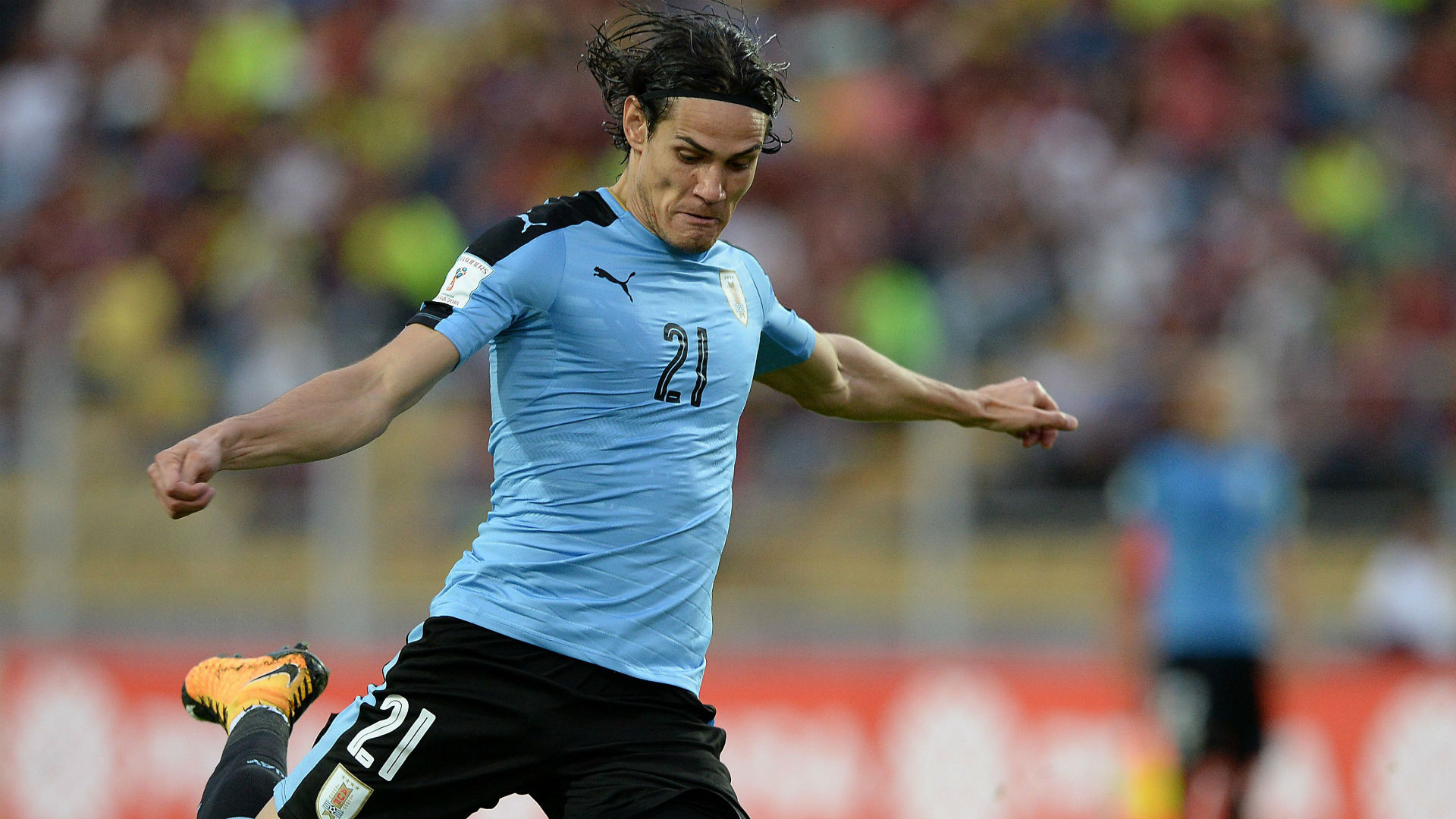 Edinson Cavani Uruguay Venezuela World Cup qualifying