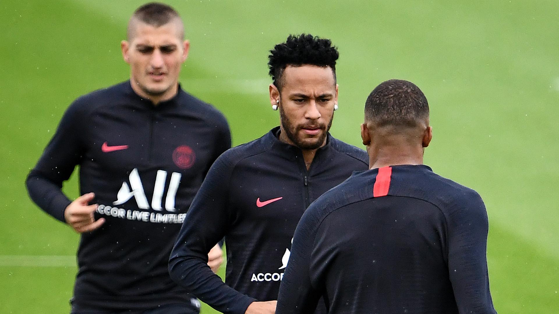 Ligue 1 : Reprise des entrainements début mai ?