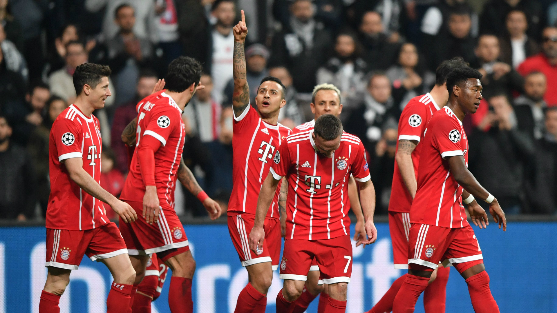 Thiago Bayern Munich goal celebration vs Besiktas UCL 03142018