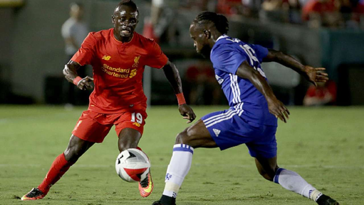 Sadio Mane of Liverpool and Victor Moses of Chelsea during the 2016 International Champions Cup