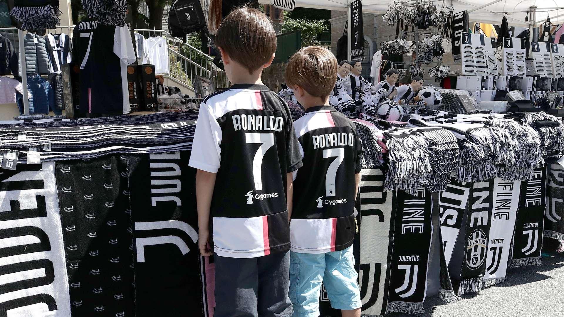 13+ Juventus Ronaldo T Shirt