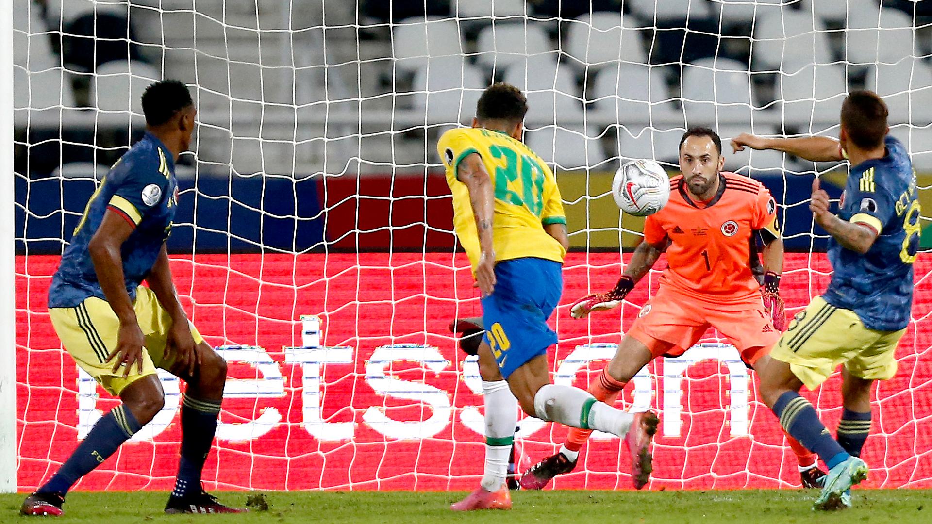 LIVE: Brazil vs Colombia