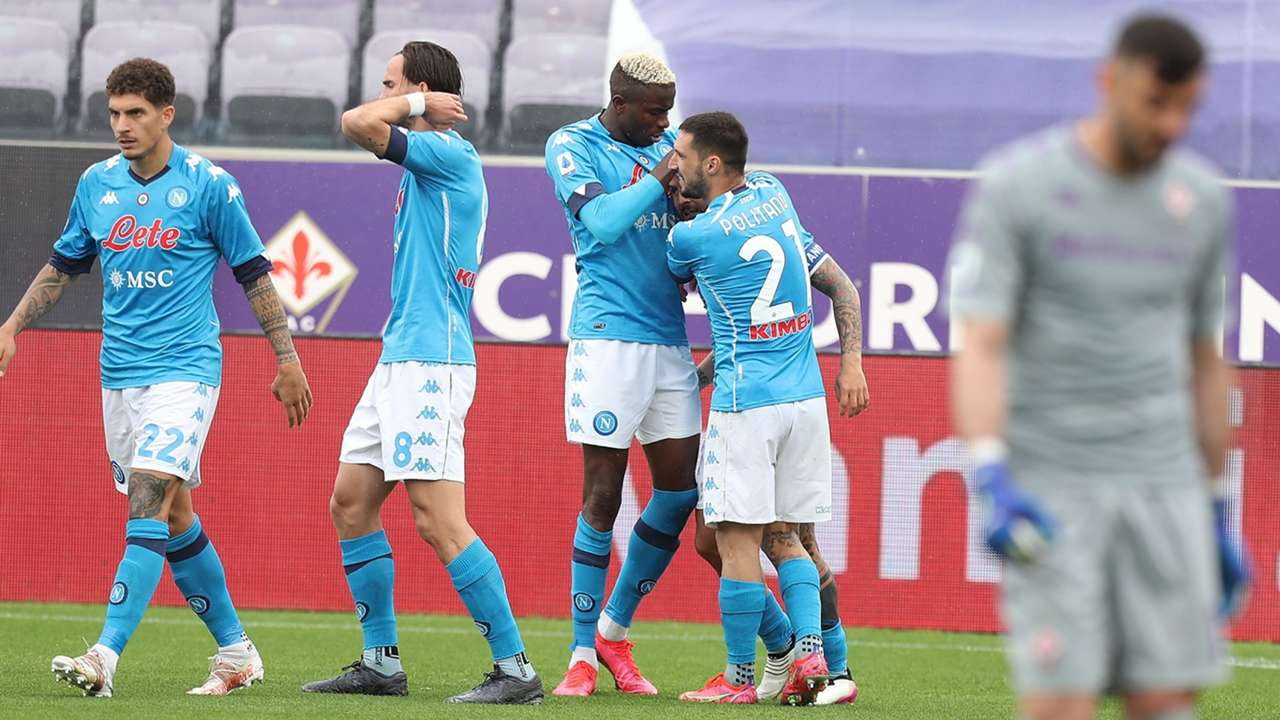 Napoli celebrating Fiorentina