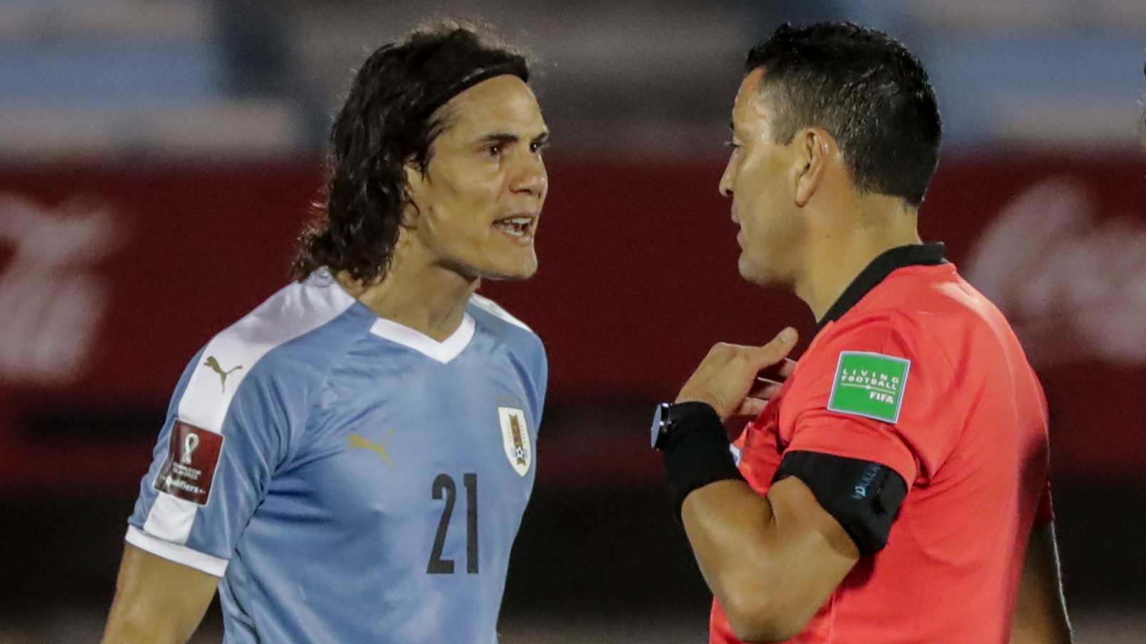 Brazil beat Uruguay as Cavani sent off