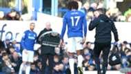 Cenk Tosun & Alex Iwobi of Everton