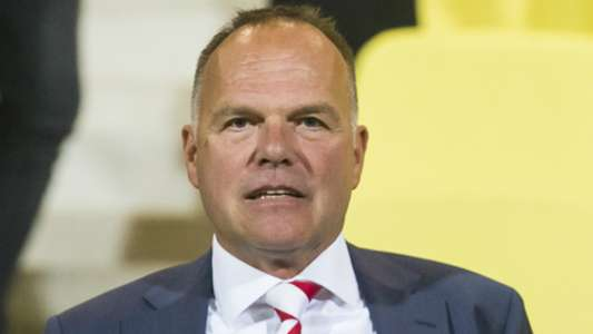 'Zoekend Feyenoord ziet opvolger Martin van Geel bij stadsgenoot' | Goal.com