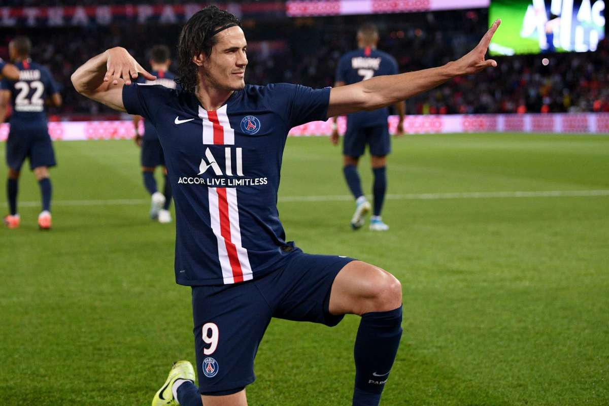 Psg Striker Cavani Committed To Playing On In Europe Goal Com