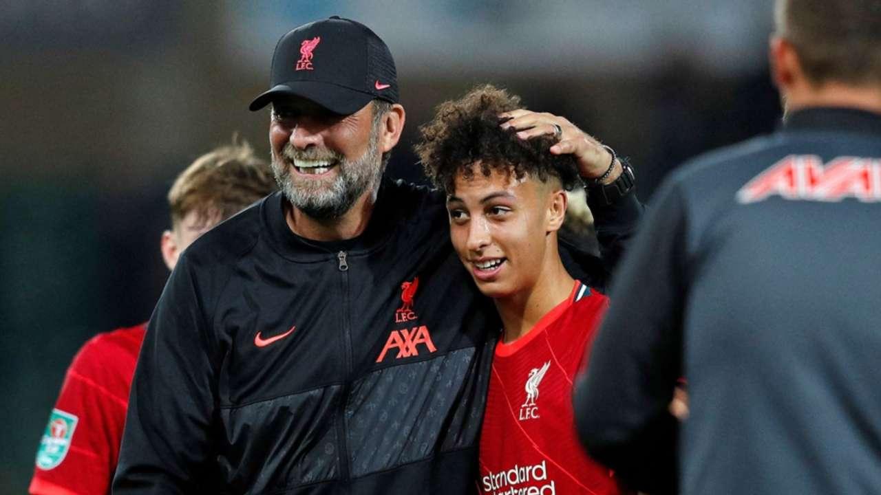 Jurgen Klopp Kaide Gordon Liverpool 2021-22