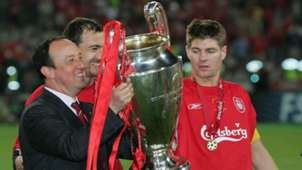 Rafa Benitez Steven Gerrard Liverpool Champions League 2005