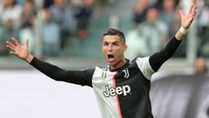 'People are stupid' - Ronaldo annoyed by theories about hand gesture versus Atletico
