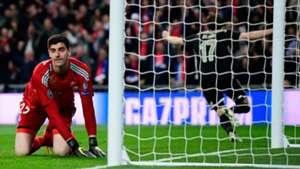 Thibaut Courtois Real Madrid Ajax