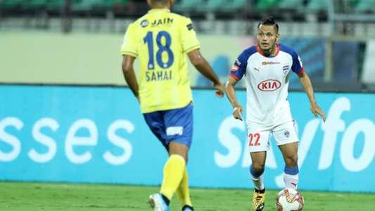 'More than half the stadium was yellow' - Kerala Blasters' Nishu Kumar awe-struck by fan rivalry   Goal.com