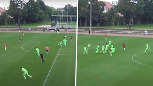 VfL Wolfsburg: U17-Talent Matteo Mazzone trifft gleich doppelt von der Mittellinie   Goal.com