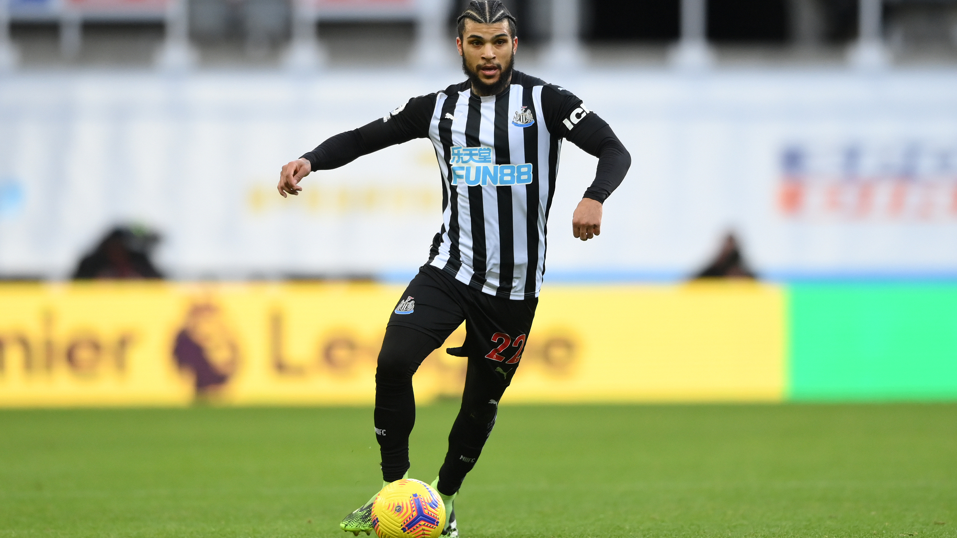 USMNT defender Yedlin joins Galatasaray from Newcastle
