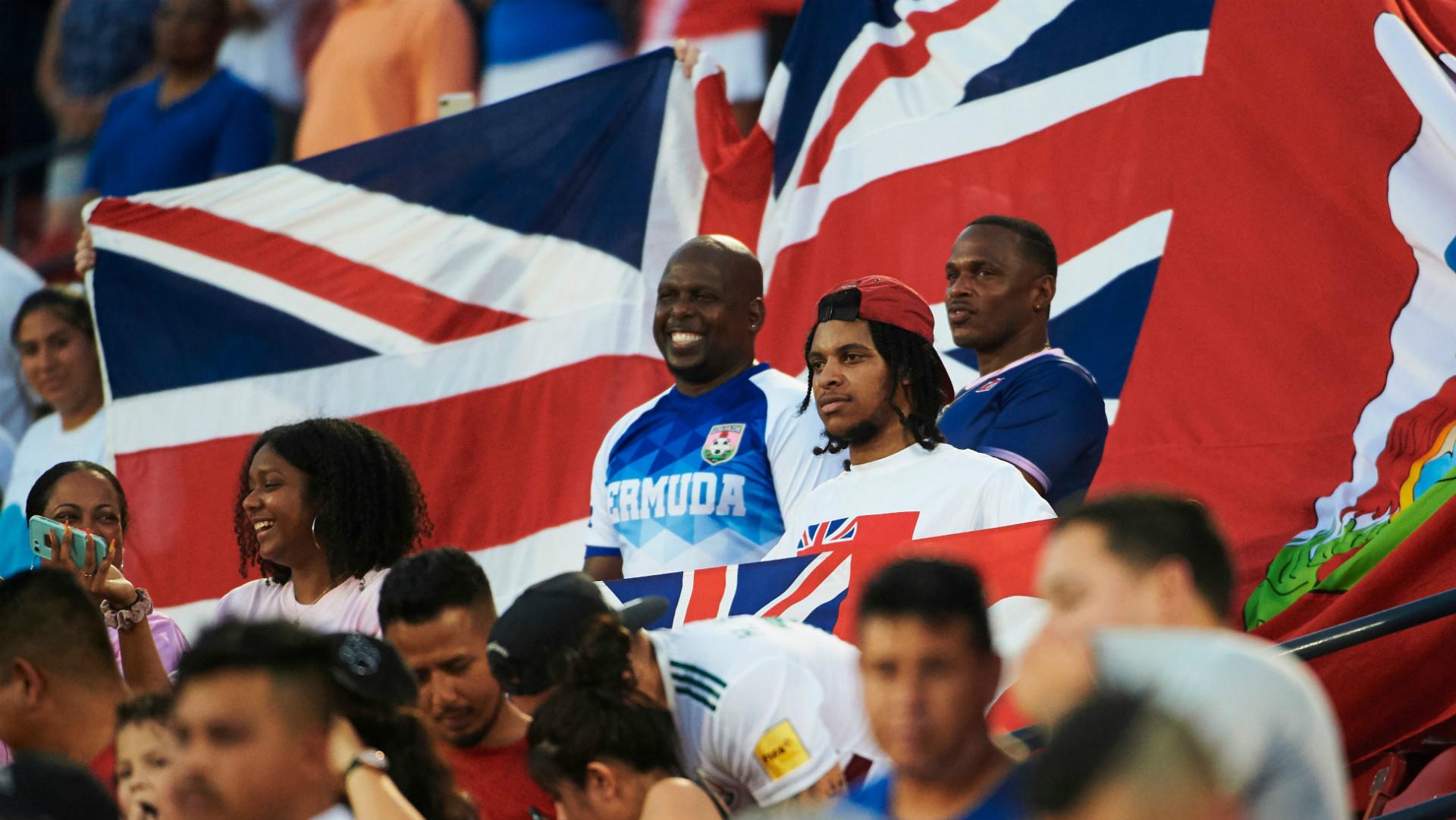 Bermuda fans