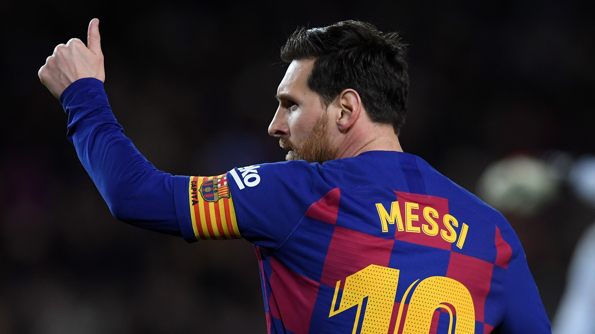 Messi offered No 10 at Estudiantes but Veron expects Barcelona icon to stay put