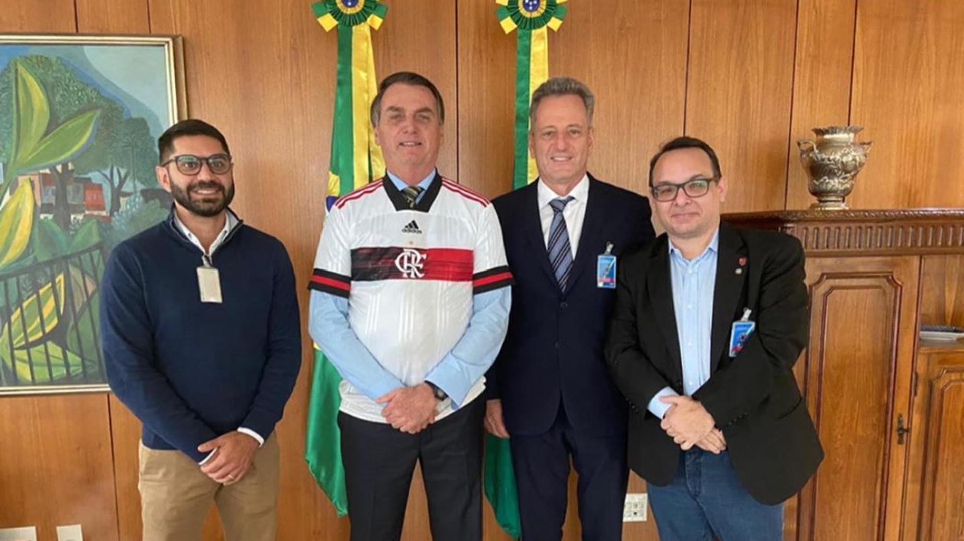 Landim explica encontro com Bolsonaro, fala em 'intolerância ...