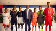 Allianz CEO Thusang Mahlangu with Captains from the participating schools