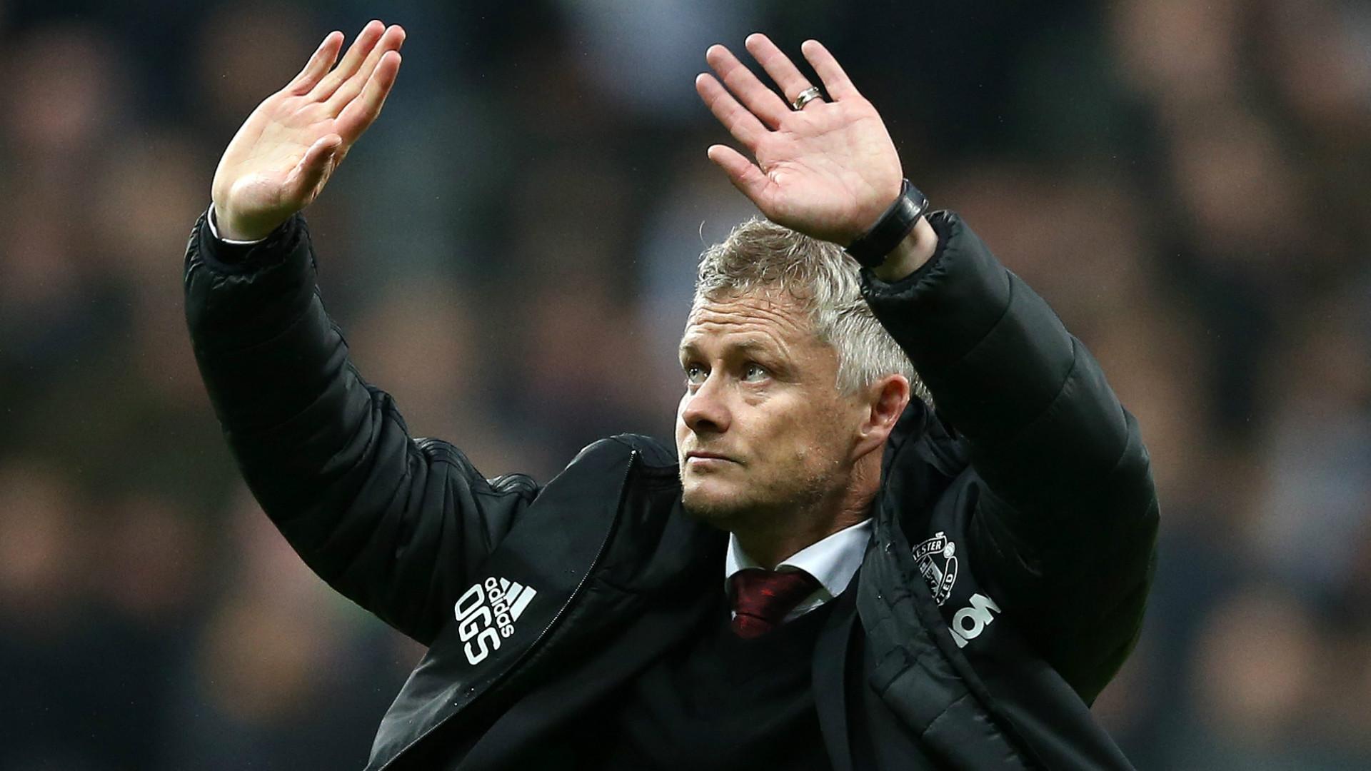 Longstaff enjoys dream debut as Newcastle beat Manchester United 1-0