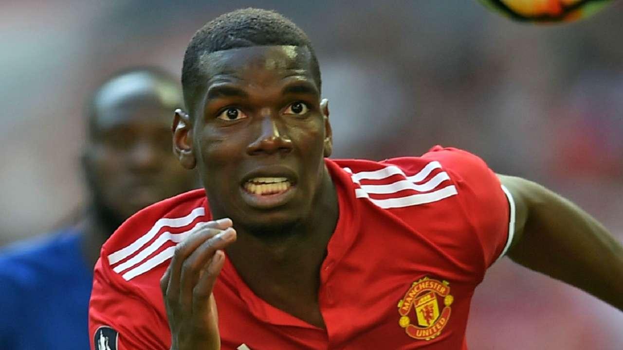 Paul Pogba Manchester United 2017-18